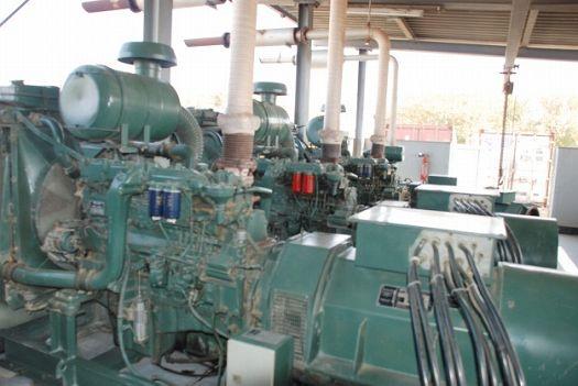 写真5.大型発電機による電源の確保